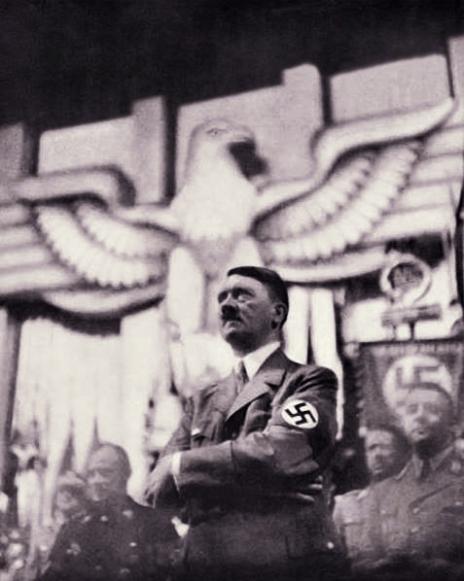 Hitler112